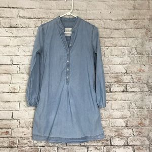 H&M's chambray dress adjustable sleeves buttoned
